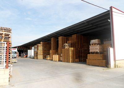 Cubierto de estructura metálica y cerramientos, industria de envases
